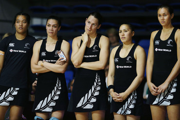 Dejected Ferns after dropping 0-4 to Australia (Photosport)